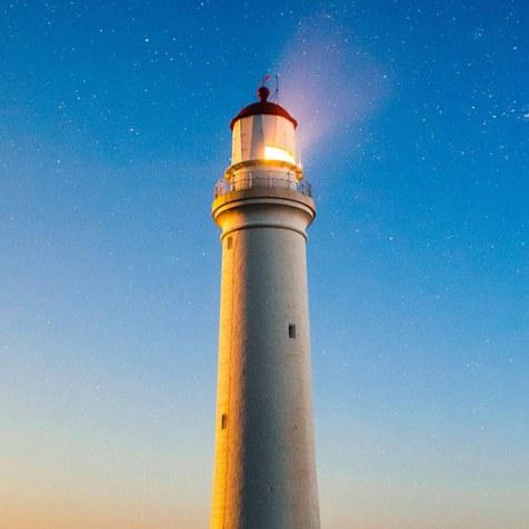 lighthouse-980457