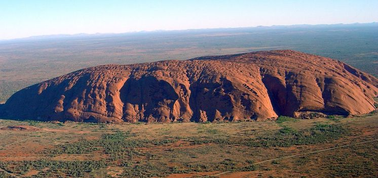 """Uluru"" by Huntster - Wikipedia"