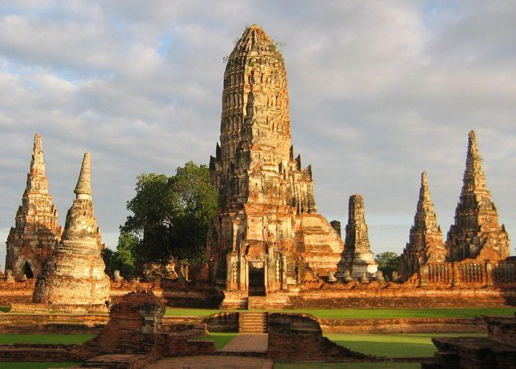 """""""WatChaiwatthanaram 2295b"""" by G2nfreeb - Wikipedia"""