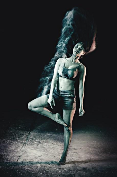 dance-422699_1280