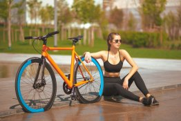 Equilibrium-Bike-by-SZ-Bikes-orange-Jil-Carrara