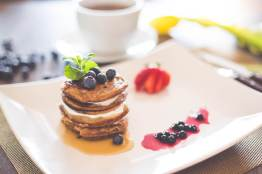 healthy-pancakes-with-cottage-cheese-and-blueberries-picjumbo-com