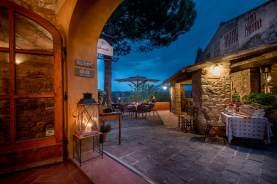 restaurant-area_11601832164_o