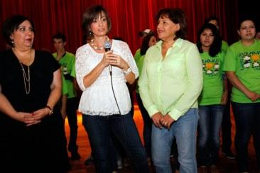 Malena González de Flores, presidenta del Voluntariado de la Universidad Autónoma de Coahuila