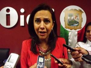 Teresa Guajardo le debe el hueso al gobernador.