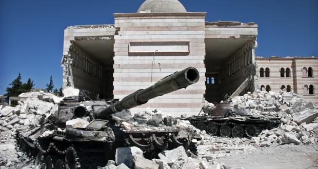 """اتجاهات الخطاب التلفزيوني الإخباري نحو الأزمة السورية """" دراسة تحليلية مقارنة لعينة من المواد الإخبارية على قناتي الجزيرة وسوريا"""""""