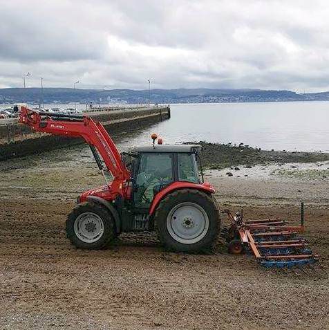 Helensburgh tractor 1