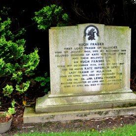 Fraser gravestone at Kilmaronock