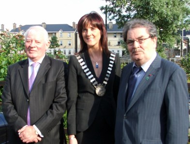 Stour 12 Austin Currie, Michelle Mulhearn and John Hume