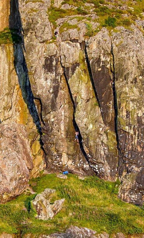 climbers 1.jpg 2