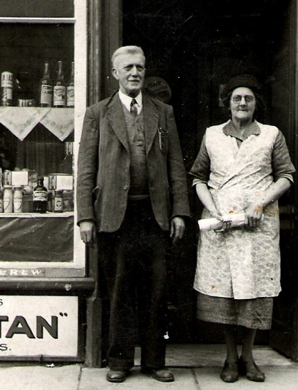 Quinn - Niall Quinn's grandaunt Mary and her hiusband Nicholas at their shop in College Street