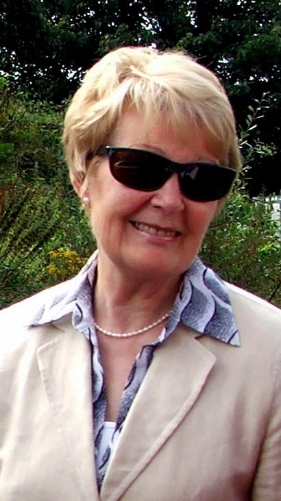 Hume Pat, wife of John
