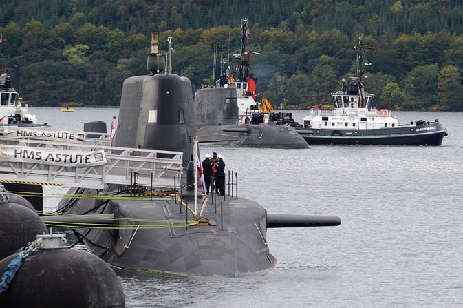 DEFENCE: OFFICER ARRIVED DRUNK FOR DUTY ON FASLANE-BASED SUB
