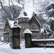 SNOW - OVERTOUN LODGE