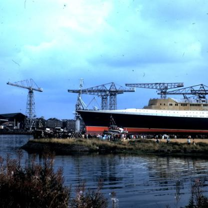 QE2 launch