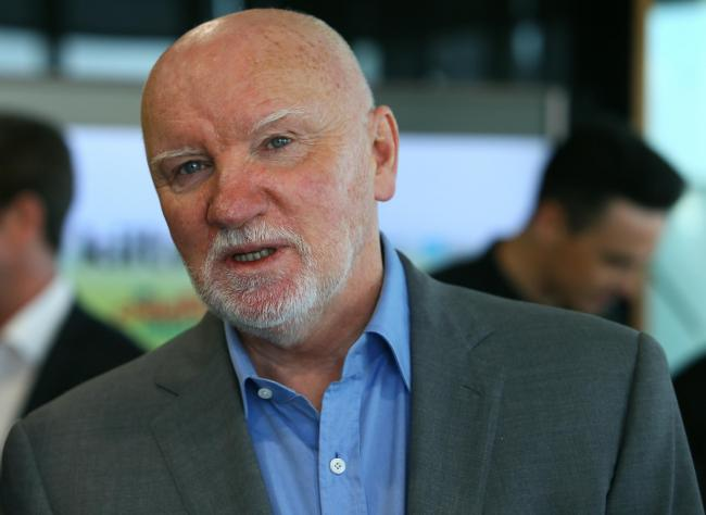 Sir Tom Hunter inspired to give £1m charity donation to composer with dementia
