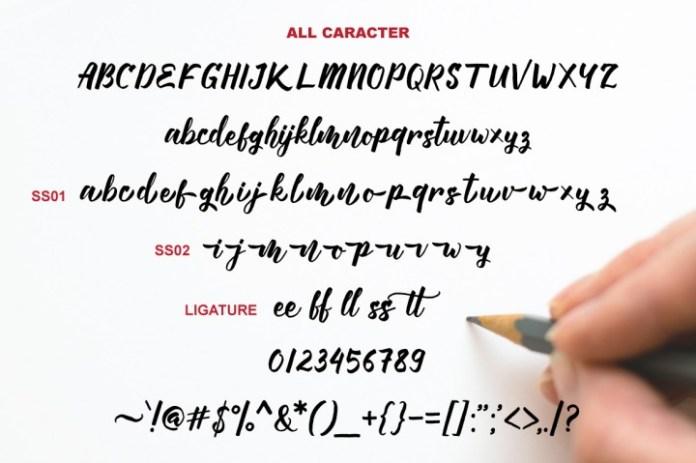 Manttes Script Font