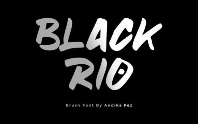 Blackrio Brush Font