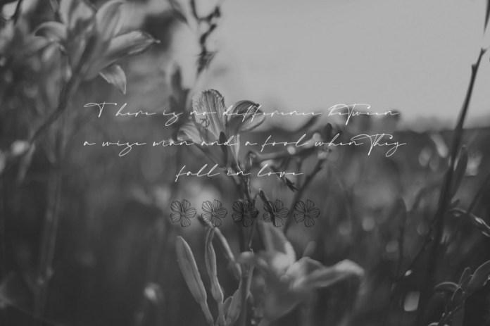 Mastrih Handwritten Font