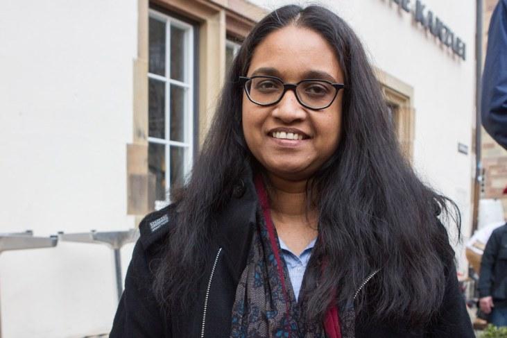 Subashini Wipfler stammt aus Sri Lanka und lebt seit 7 Jahren mit ihrem Mann und drei Kindern in Karlsruhe. Sie ist entsetzt über die Vorhaben der Landesregierung.