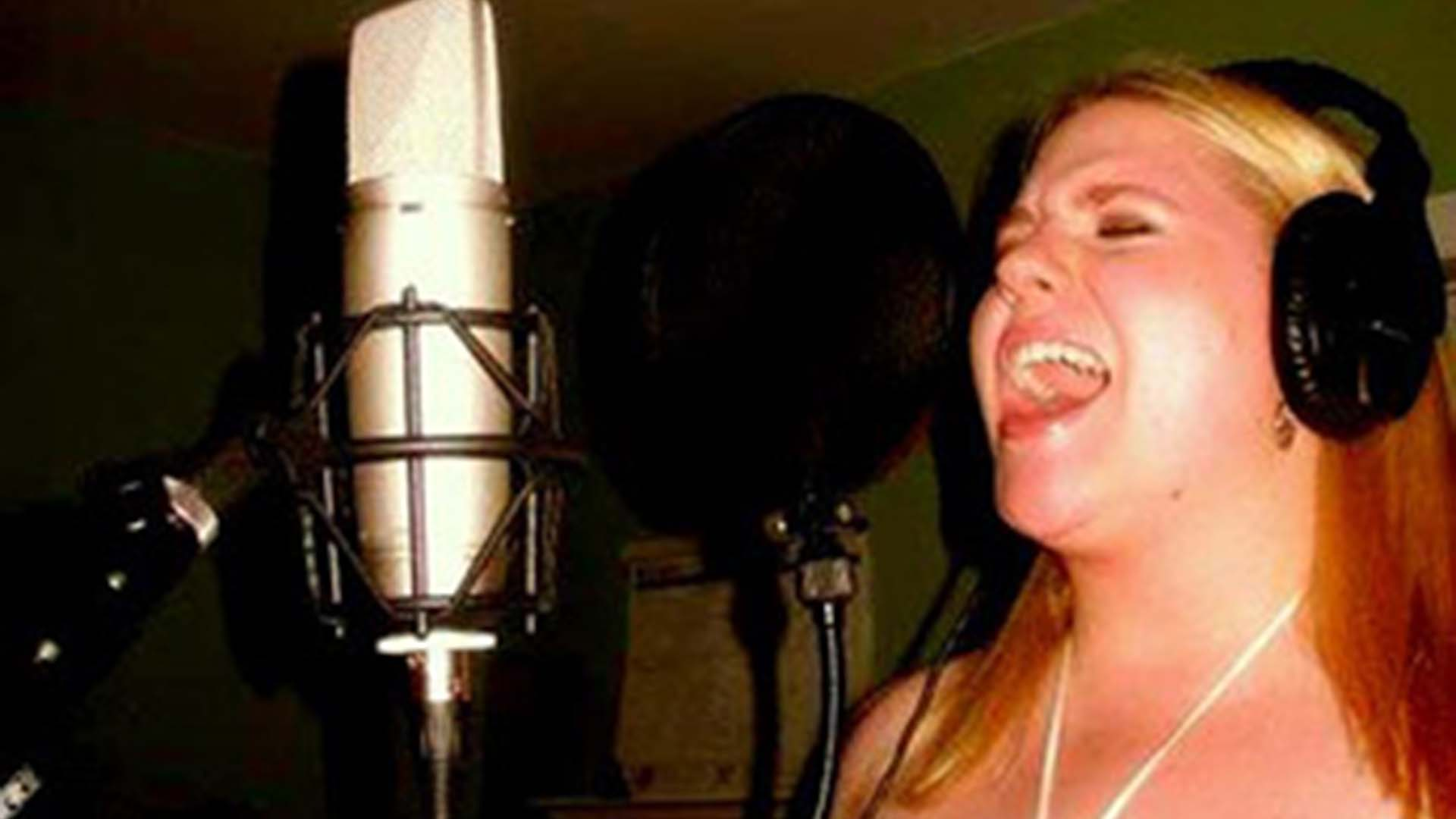 Demo My Song - Female Session Singer - Jerri Roberts