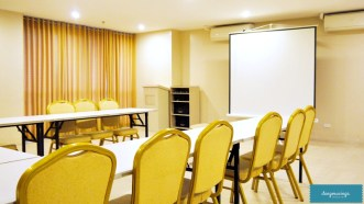 KLTowerMakati-facilities-conferenceroom2