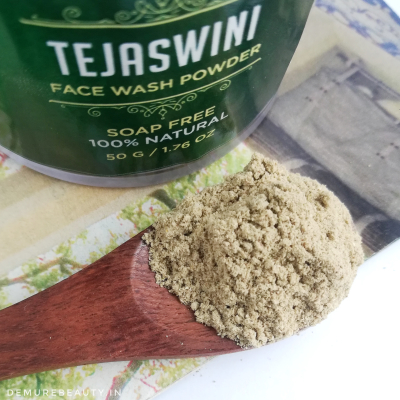 shesha tejaswini face wash powder review