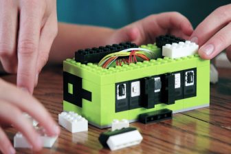 Itty_Bitty_City_learning_programmable_coding_legos_gadget_prelaunch_agency20
