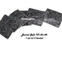 Bantal Sofa 1 set ( 5 pc) Uk 40 x40 Harga Rp 100.000,-
