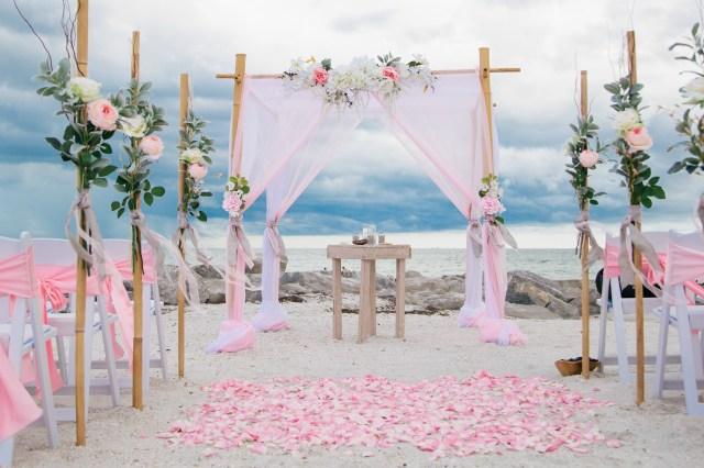 Beach Wedding Reception Decorations 3 Frugal Benefits Of Having A Beach Wedding This Summer Blogs Now