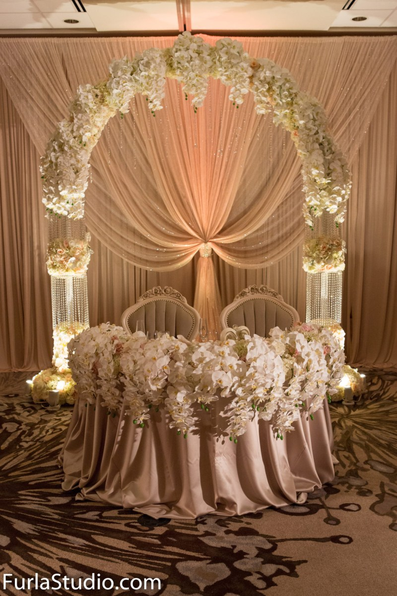 Bride Groom Wedding Table Decorations Head Table Dcor Wedding Flowers And Decorations Luxury Wedding