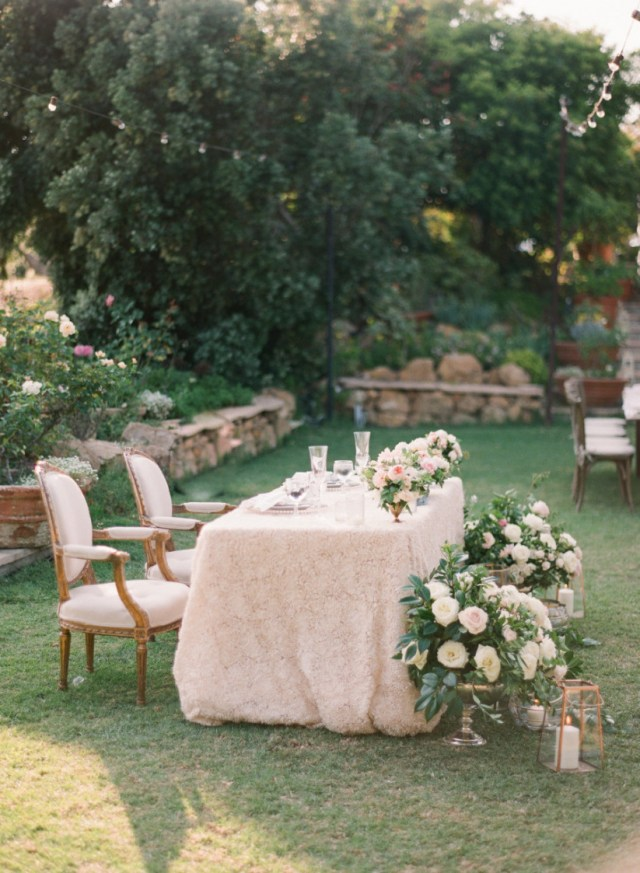 Garden Wedding Decorations The Garden Wedding Dcor Every Romantic Outdoor Bash Needs Weddingwire