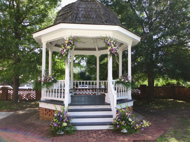 Gazebo Wedding Decorations Outside Gazebo Wedding Decoration Ideas Elitflat