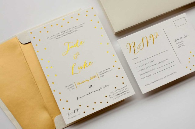 How To Address A Wedding Invitation How To Address Wedding Invitations All The Info You Need To Know