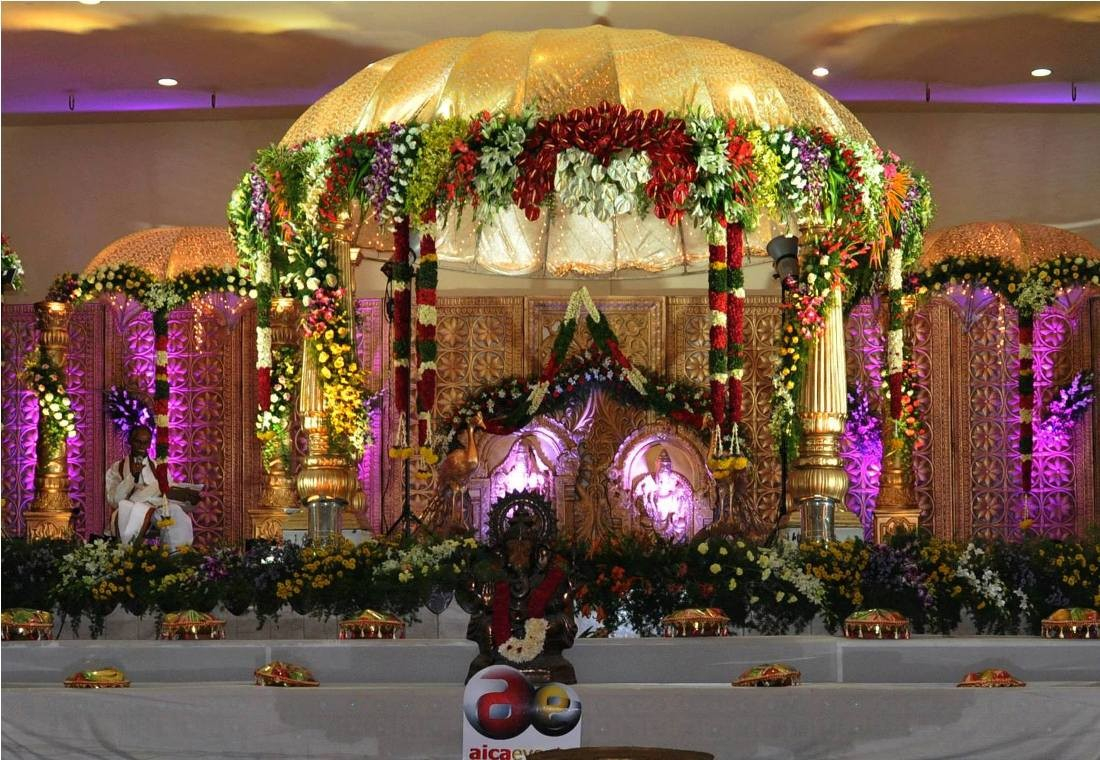 Indian Wedding Flower Decoration Pictures Wedding Stage Decoration With Flowers In Hindu Christian Marriage