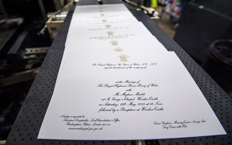 Mailing Wedding Invitations Harry And Meghan Mail 600 Wedding Invitationswith Dress Code