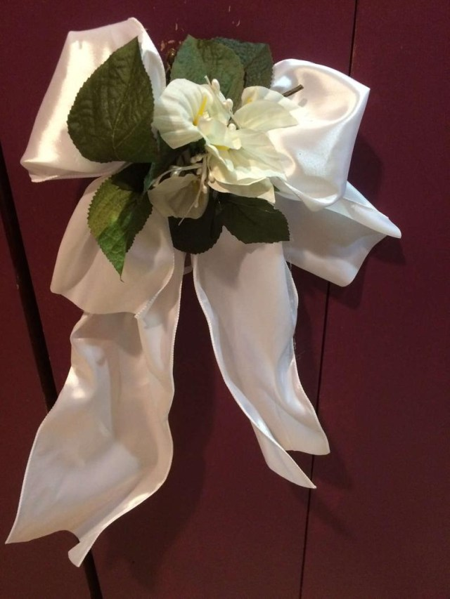 Pew Decorations For Weddings Calla Lily Pew Decor Wedding Decor Pew Decorations Etsy