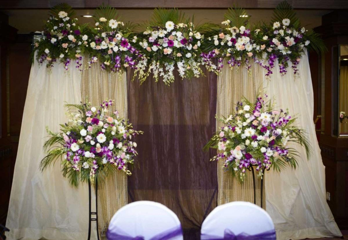 Pew Decorations For Weddings Church Easy Wedding Decoration Wedding Decoration