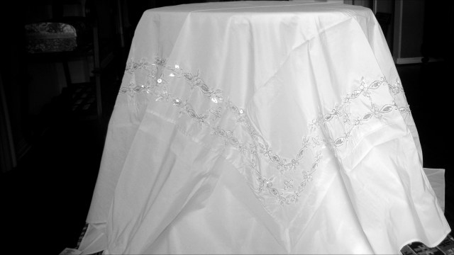 Recycled Wedding Decorations Recycled Wedding Decorations Best Of White Shell Tablecloth