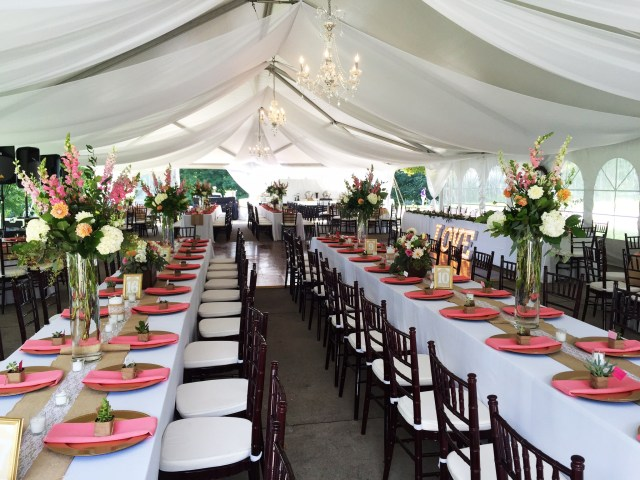 Tent Decorations For Wedding 11 Tent Decorating Ideas To Upgrade Your Wedding Reception