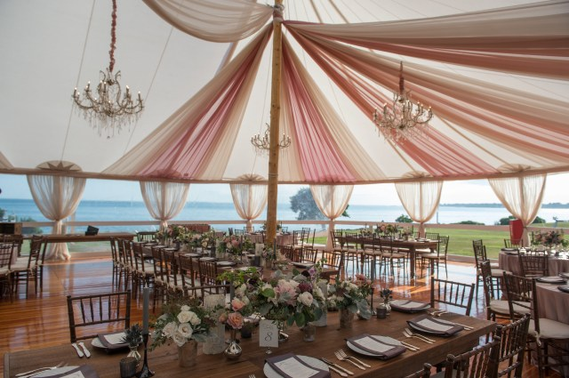 Tent Decorations For Wedding 3 Ways To Spruce Up Your Wedding Tent Decor Using Draping