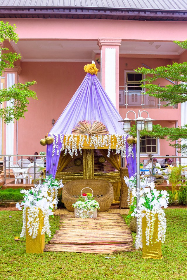 Traditional Wedding Tent Decorations 7 Nigerian Wedding Ideas For Every Naija Couples Style Weddingwire