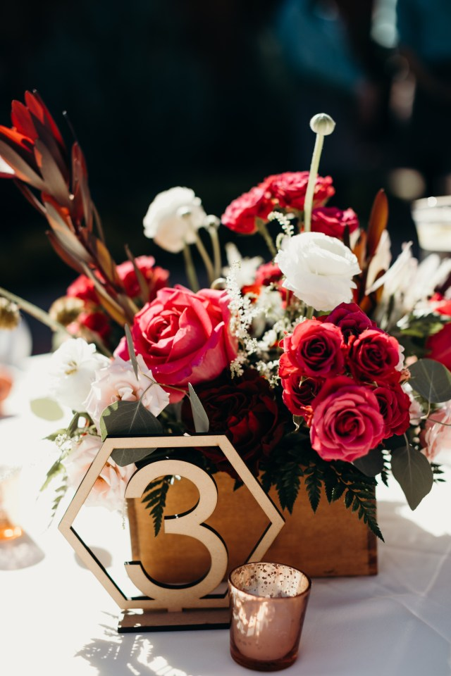 Wedding Tables Decorations 15 Wedding Table Decorations And Centerpieces To Spruce Up Your