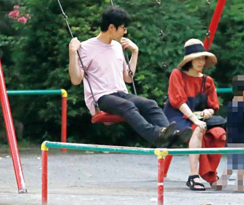 菅野美穂と堺雅人の子供は2人