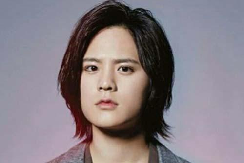 岡本圭人の父親は岡本健一で母親は西克恵!取締役の塗装会社「O」はどこ?