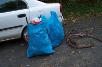 Odpadky z lomu. Na jaře zde bylo vysbíráno to samé množství