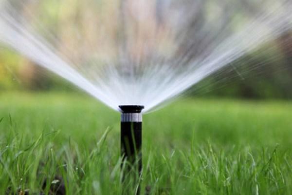 ntözőrendszer - Ezért elengedhetetlen a megfelelő vízmennyiség kijuttatása a szép gyep eléréséhez