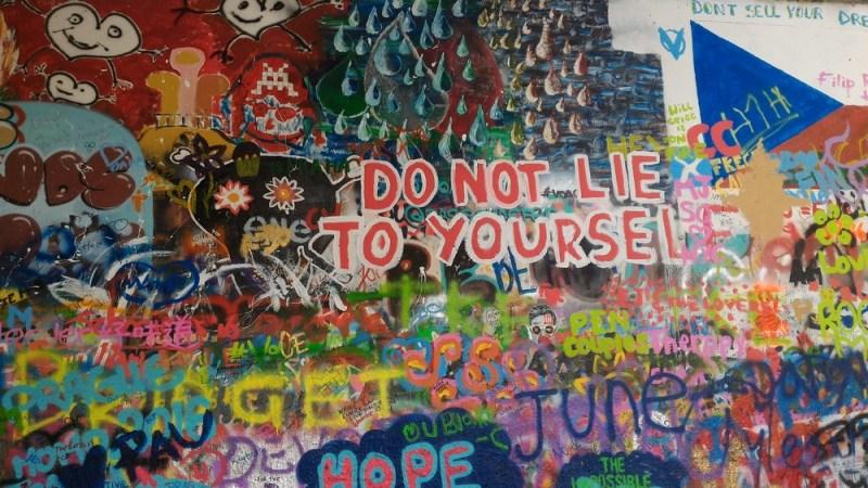 Çekya Prag Lennon Duvarı