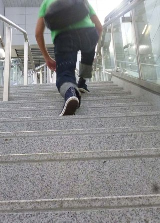 eternal-888-denim-jeans-perry-on-long-step-stair-climb-5