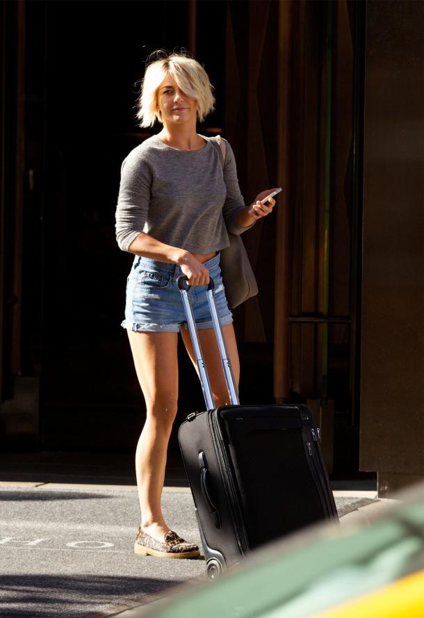 https://i1.wp.com/denimblog.com/wp-content/uploads/2014/08/julianne-hough-ag-jeans-shorts-2.jpg?ssl=1